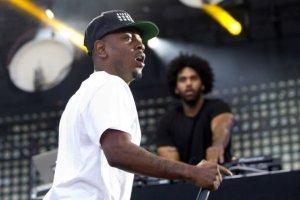 Kendrick Lamar on fire.